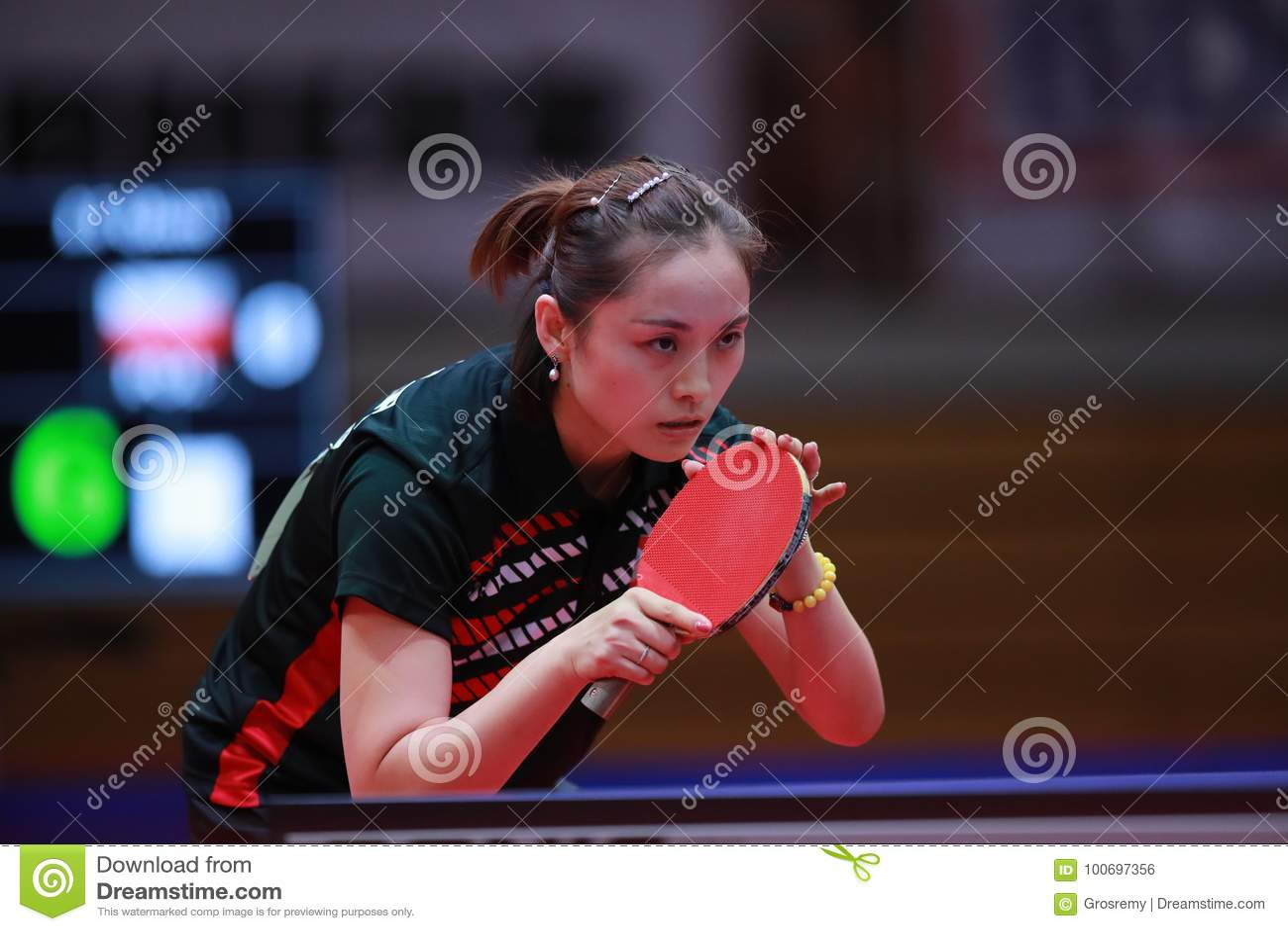 Li Qian Li Qian new photo