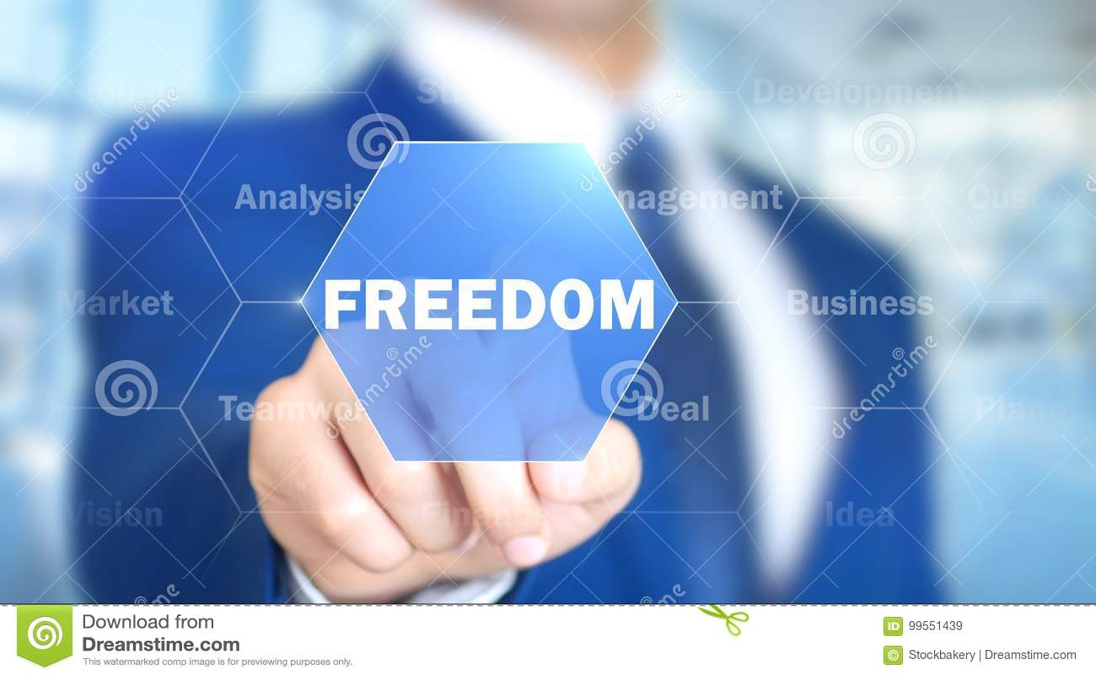 Liberté, homme travaillant à l interface olographe, écran visuel