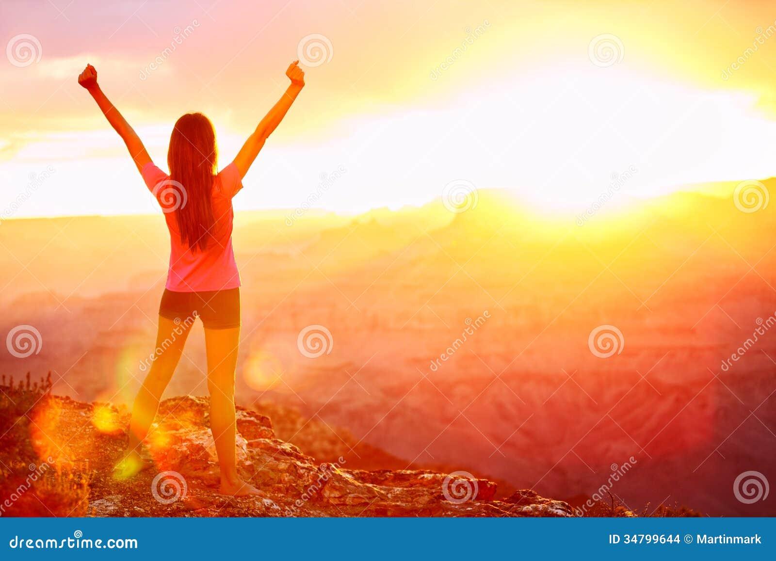 libert et aventure femme heureuse grand canyon images stock image 34799644. Black Bedroom Furniture Sets. Home Design Ideas