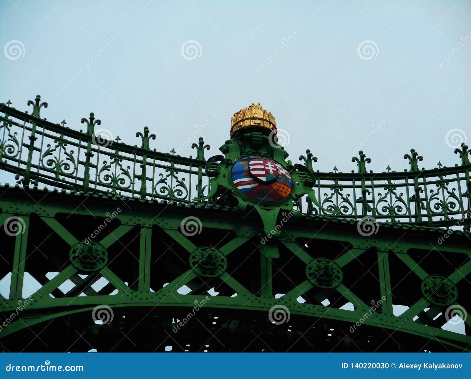 Liberty Bridge au-dessus du Danube à Budapest, Hugary