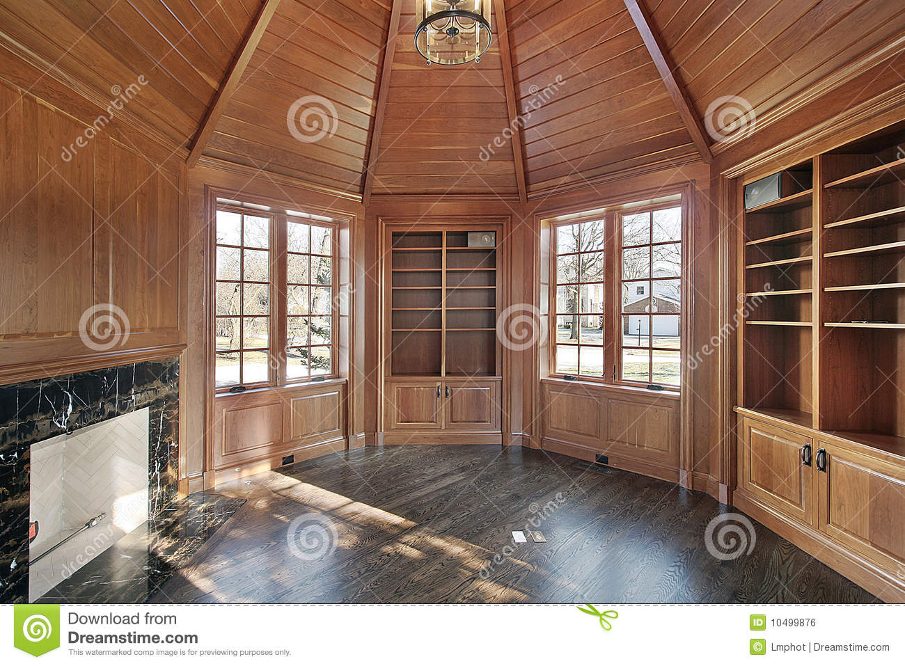 Library With Wood Paneled Walls Royalty Free Stock Image