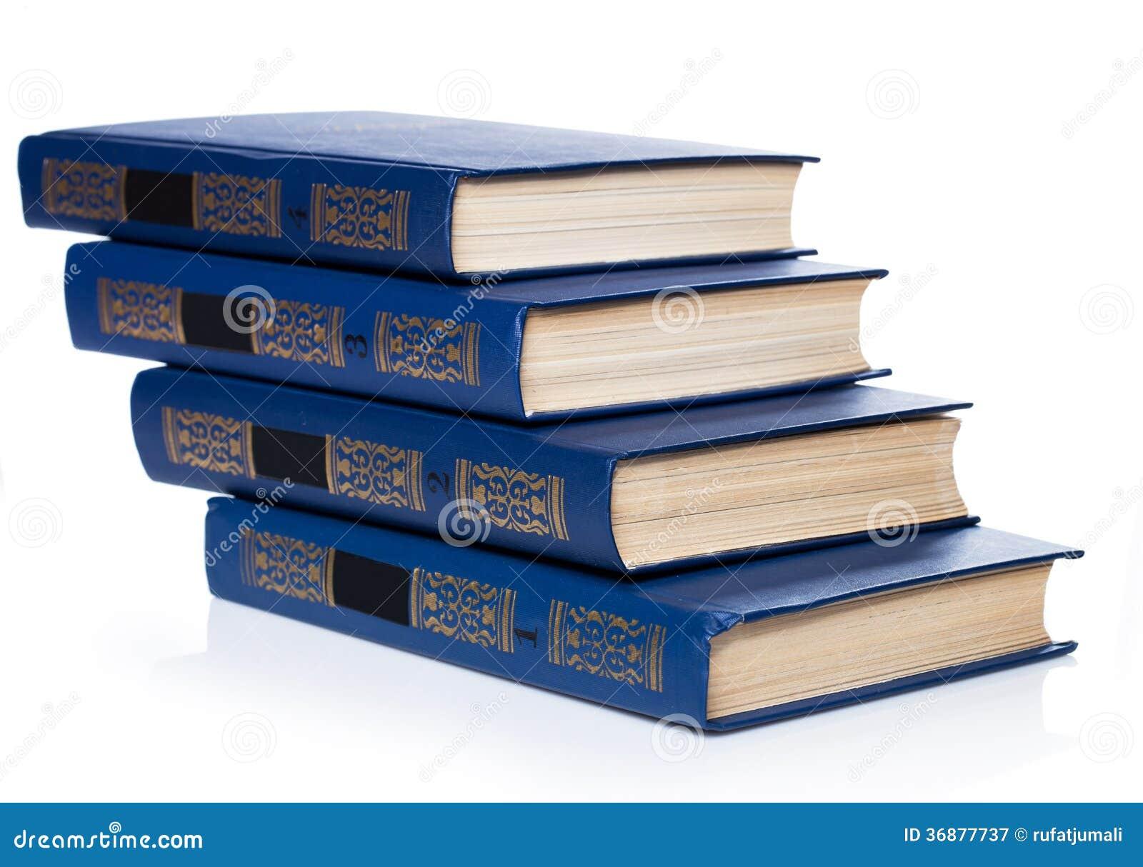 Download Libri. Pila Di Vecchi Libri Su Fondo Bianco Immagine Stock - Immagine di pubblicazione, libreria: 36877737