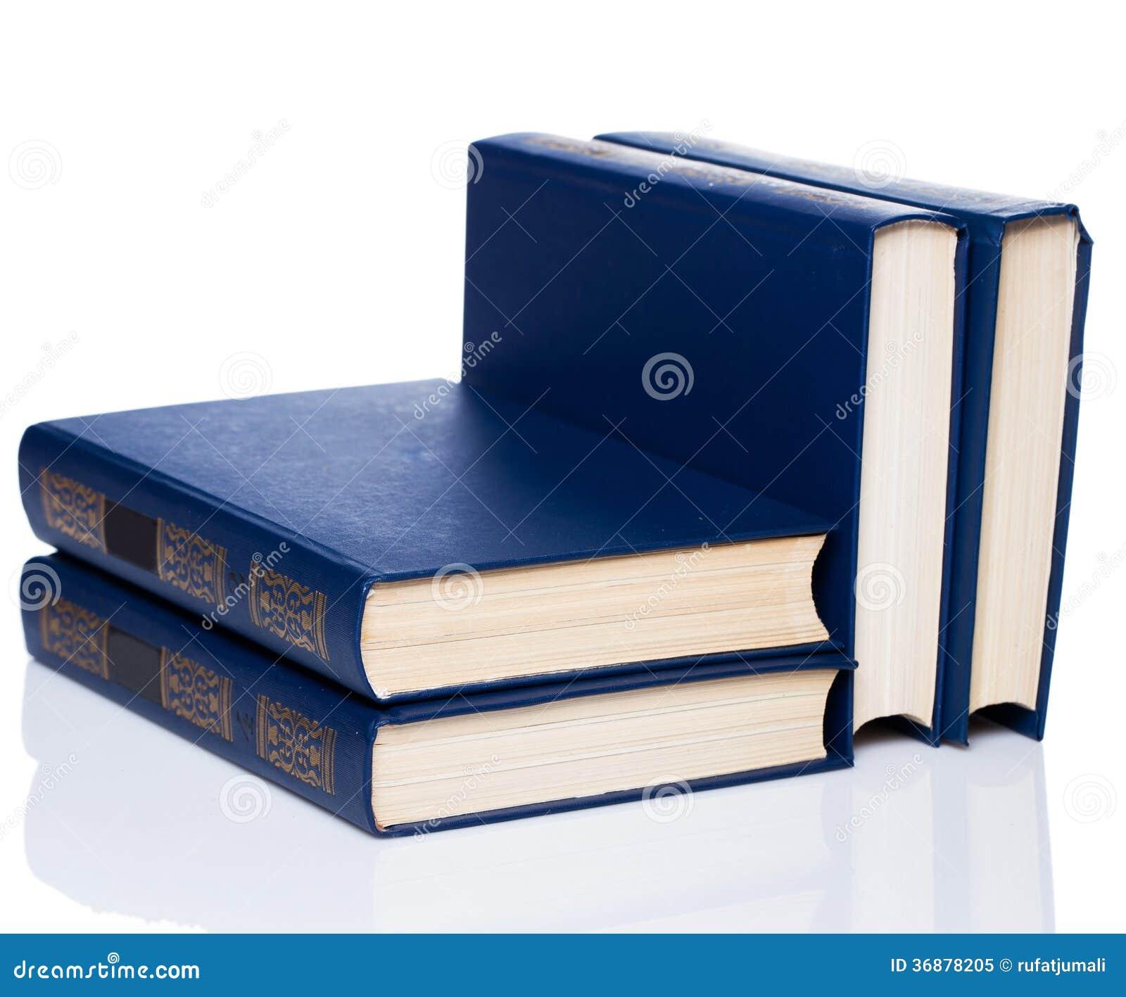 Download Libri. Pila Di Vecchi Libri Su Fondo Bianco Immagine Stock - Immagine di nessuno, vecchio: 36878205