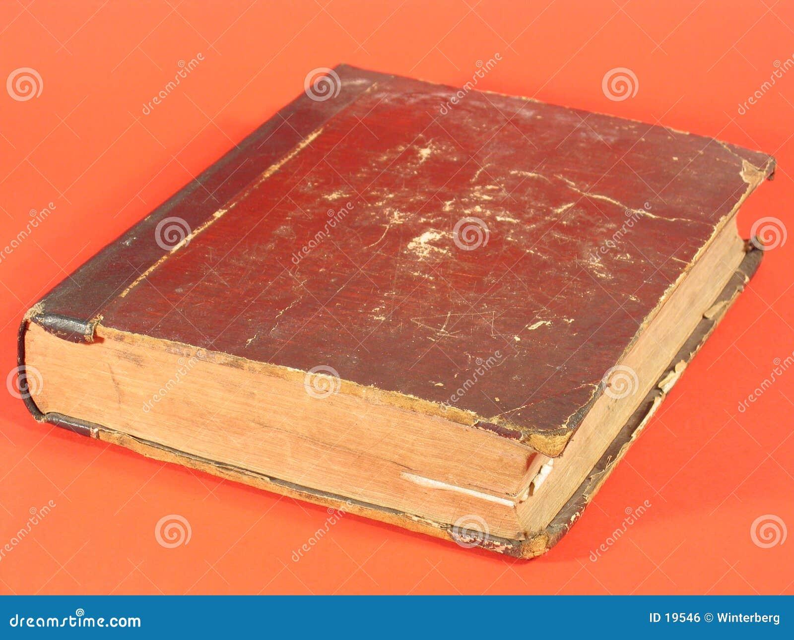 Libro antiguo V