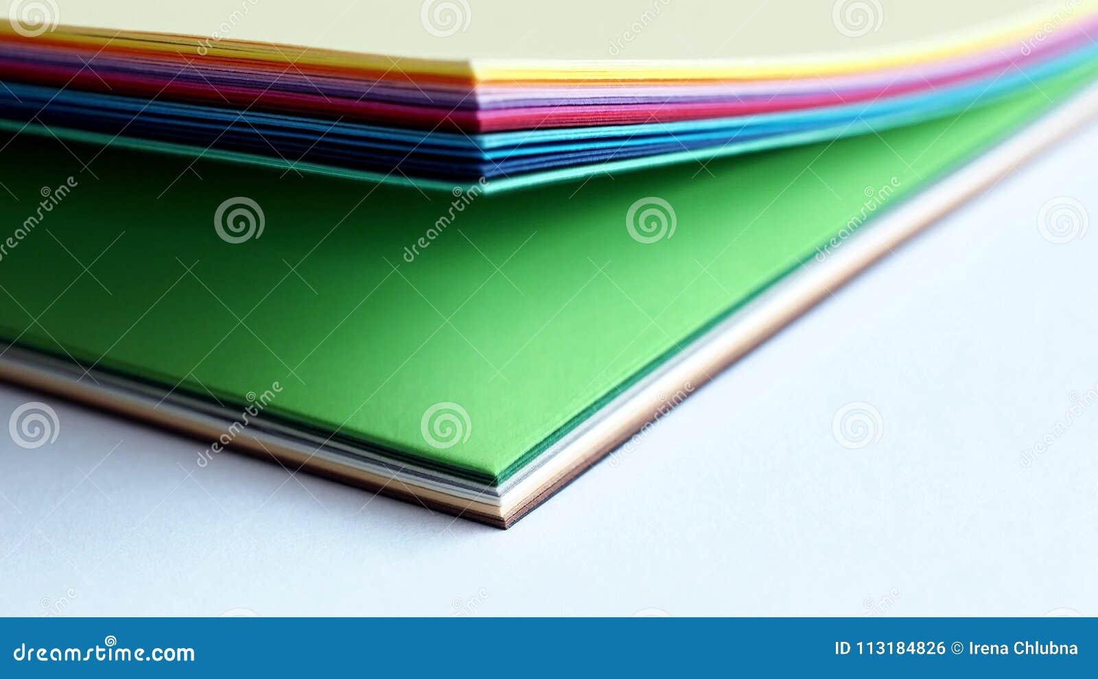 Libro De Las Muestras Del Color La Muestra Del Arco Iris Colorea El ...