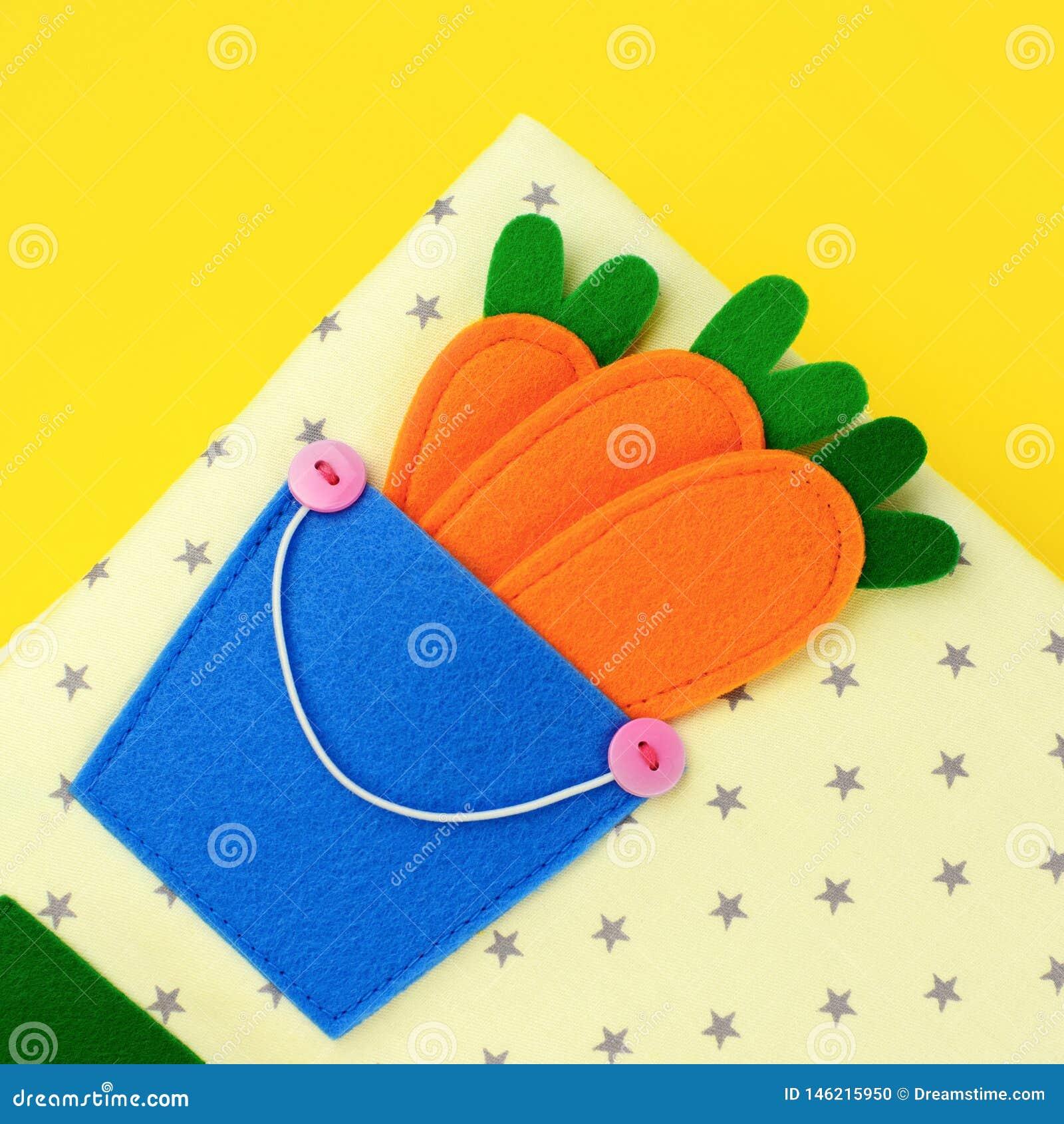 Libro di feltro per i bambini