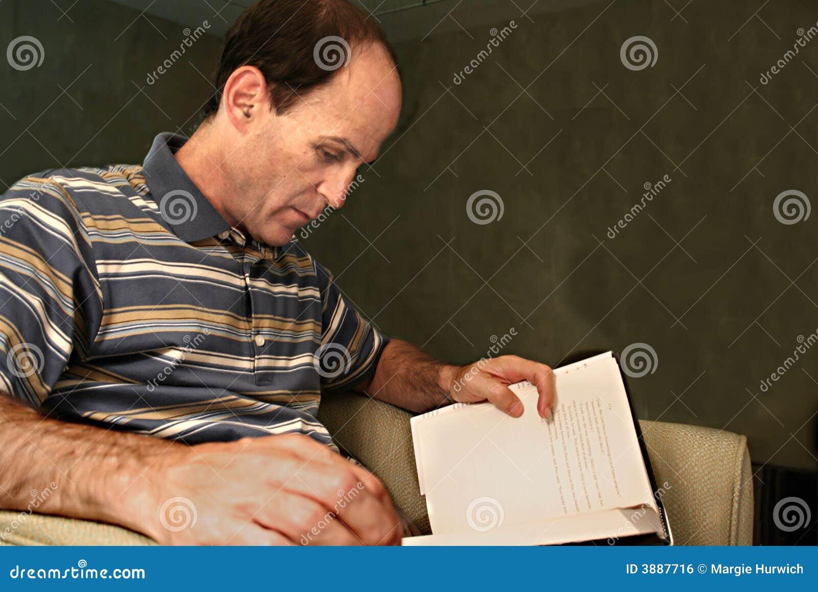 Libro di lettura dell uomo