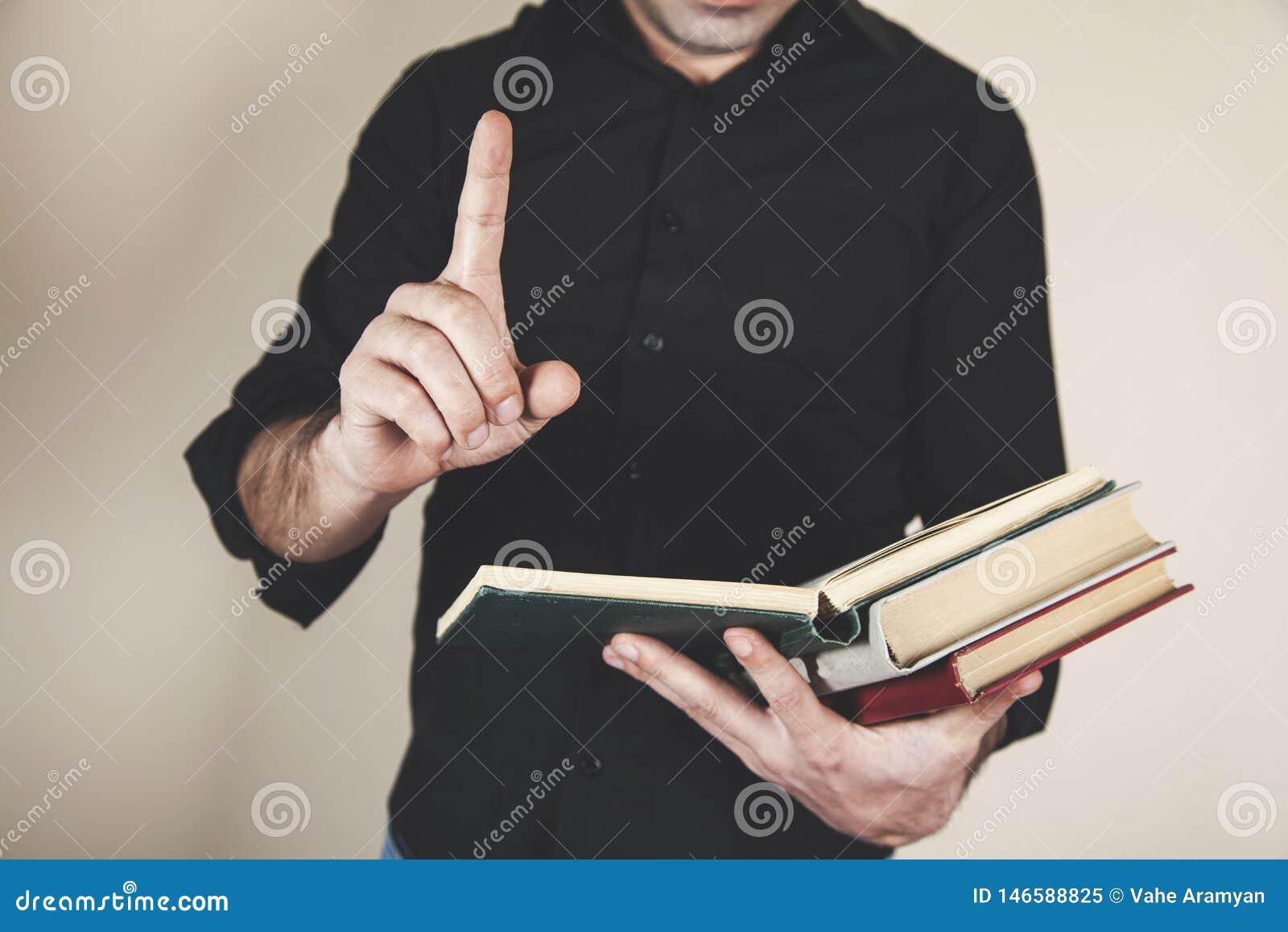 Libros de la mano del hombre