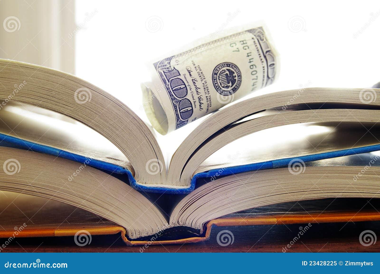 Libros y dinero