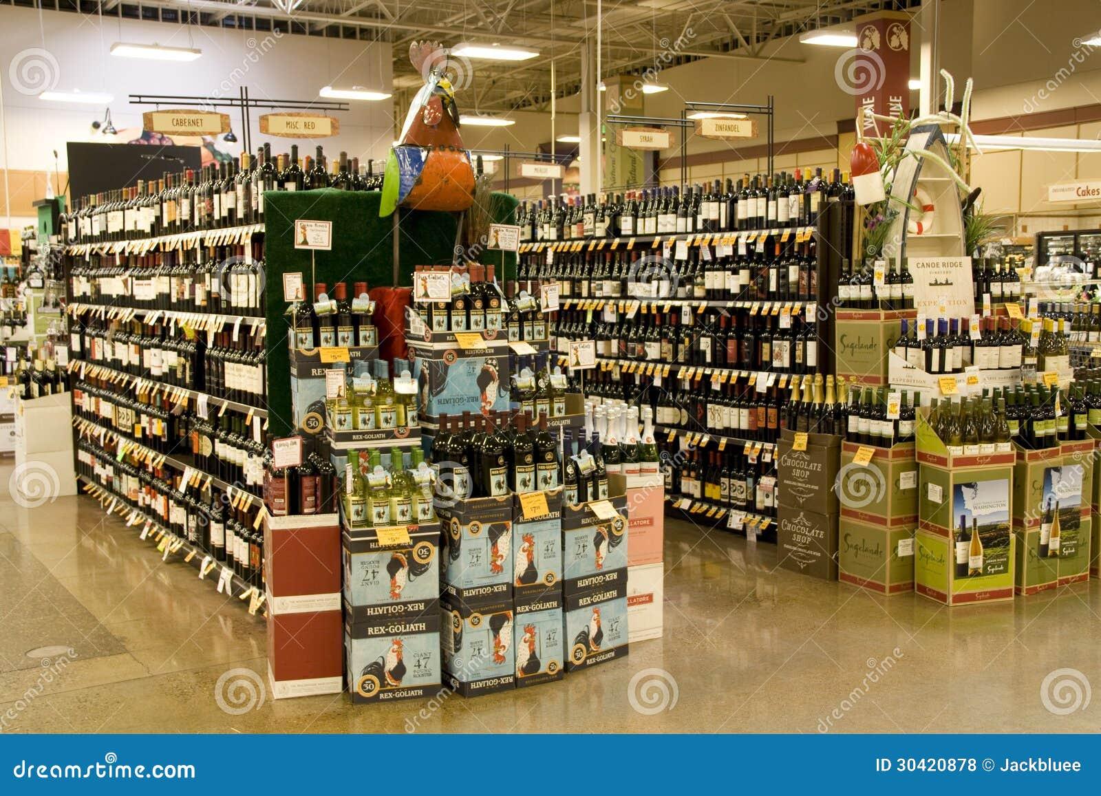Licor del alcohol en tienda