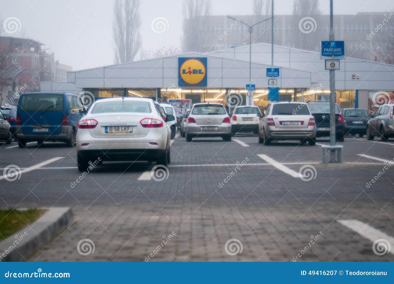Download Lidl-Parkplatz redaktionelles stockfotografie. Bild von rabatte - 49416207