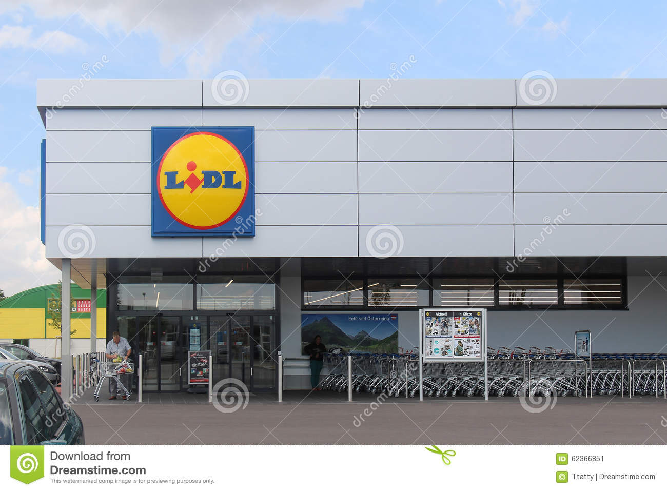 Lidl Shop Editorial Photo Image Of Company Global Trolley 62366851