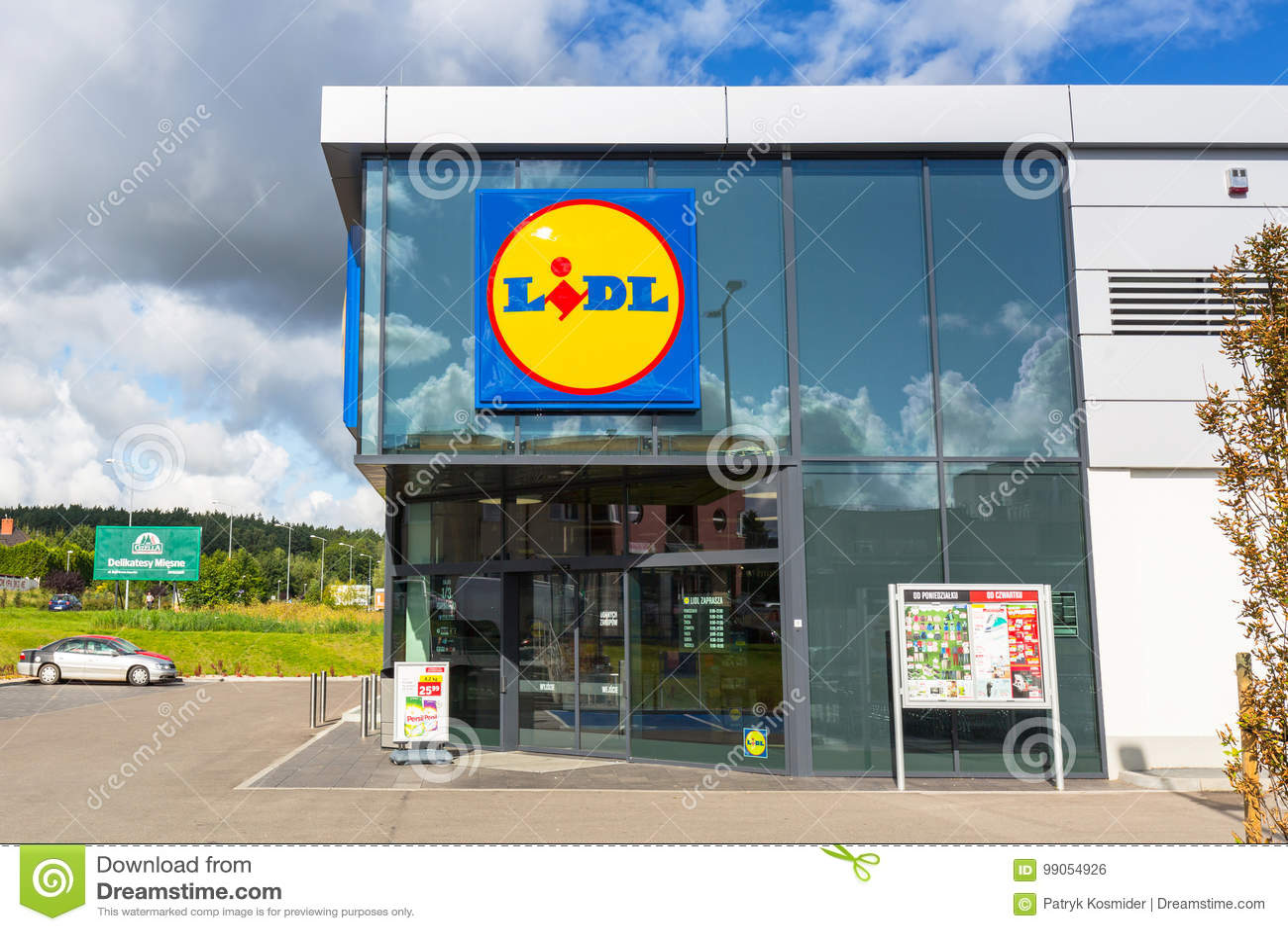 Lidl-Supermarkt Nahe Pruszcz Gdanski Redaktionelles Foto - Bild