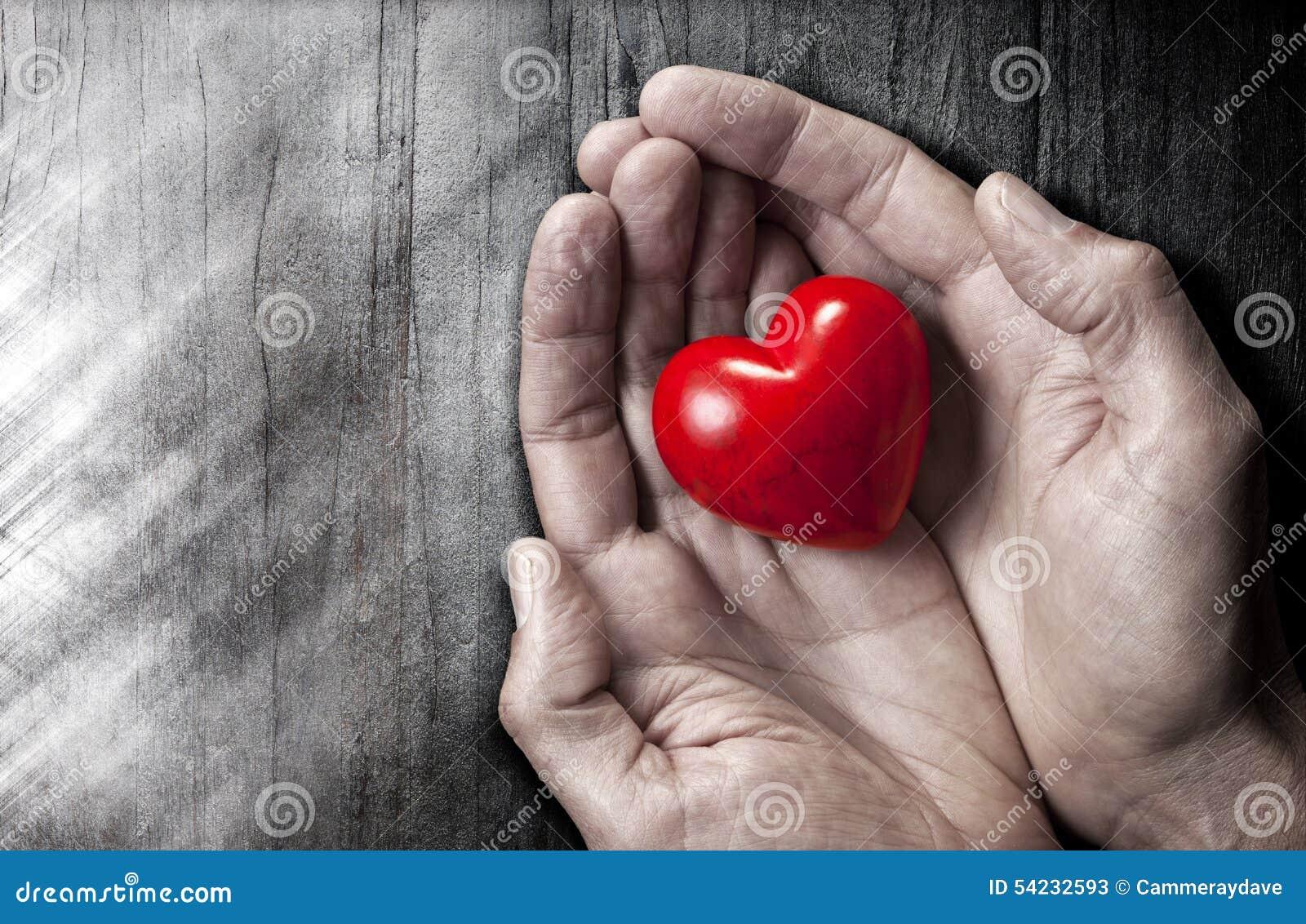Liebe übergibt Herz-Hintergrund