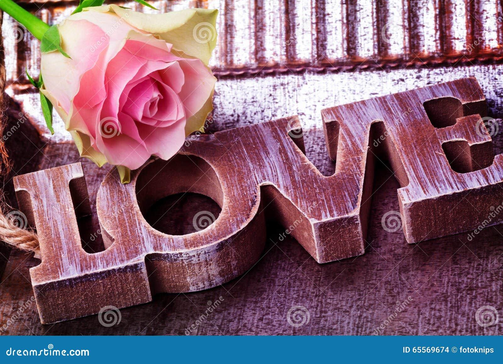 Liebe Dekoration Rose Valentinstag Stockfoto Bild