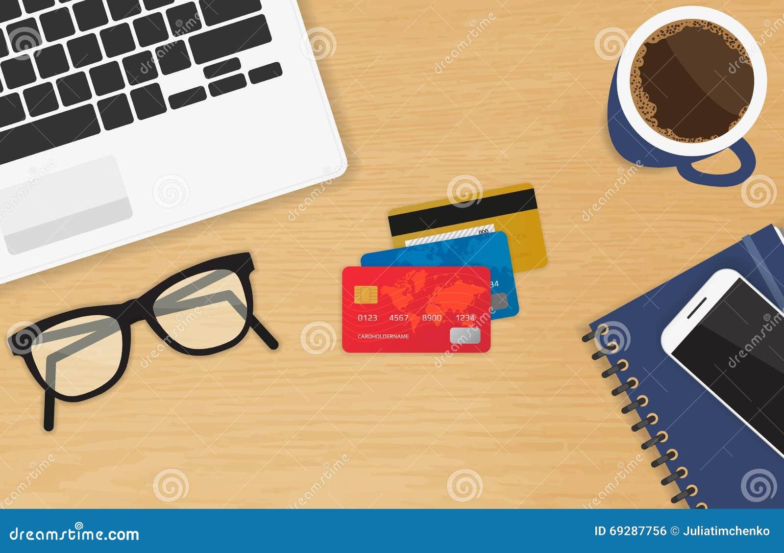 Lieu de travail réaliste avec le concept de trois cartes de crédit du paiement et des achats en ligne