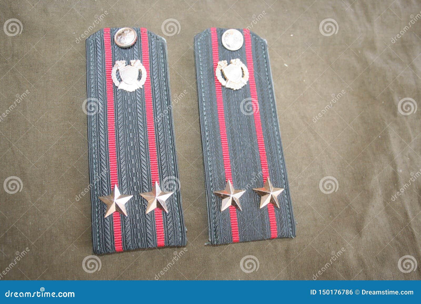 Lieutenant-colonel de bandoulières de l armée russe
