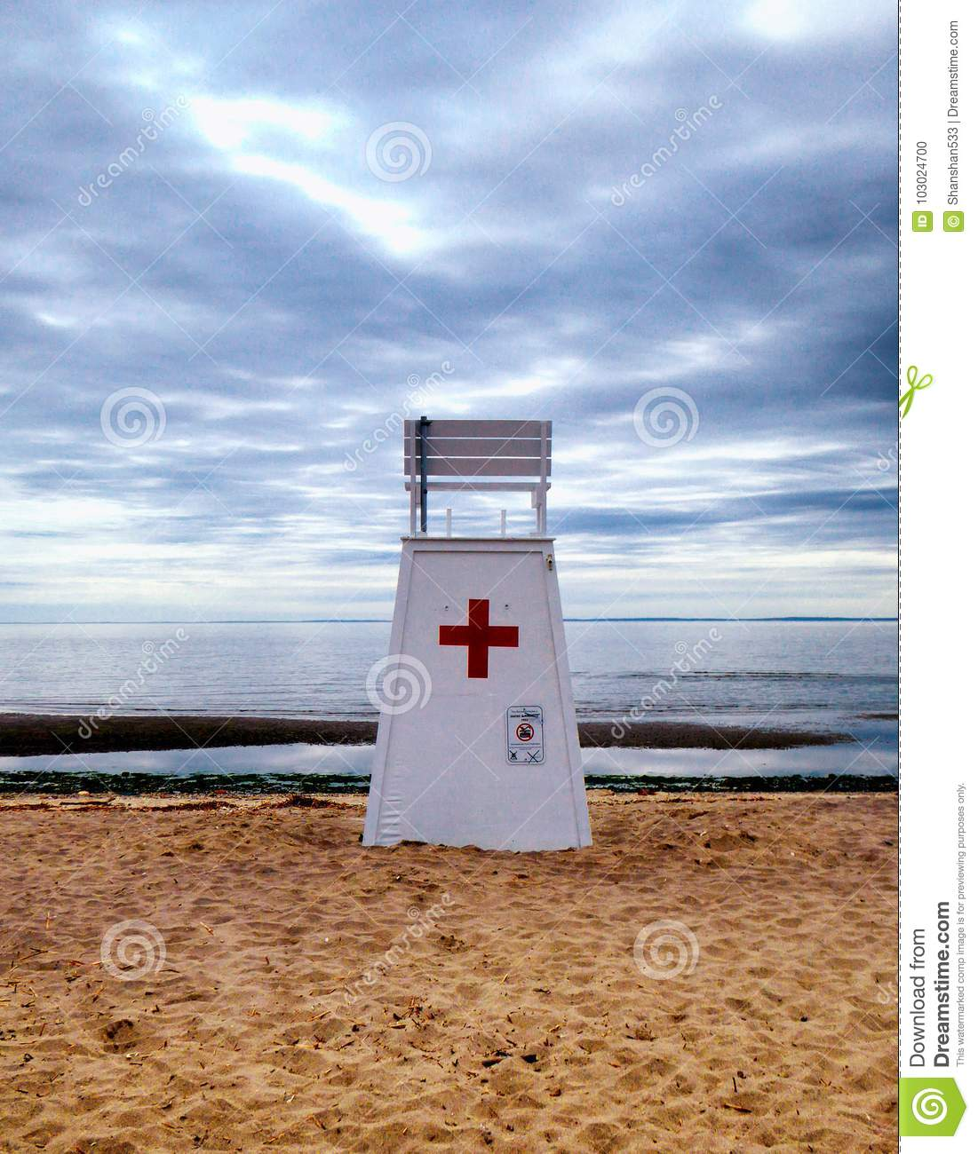 Lifeguard Rescue stand chair at Walnut Beach