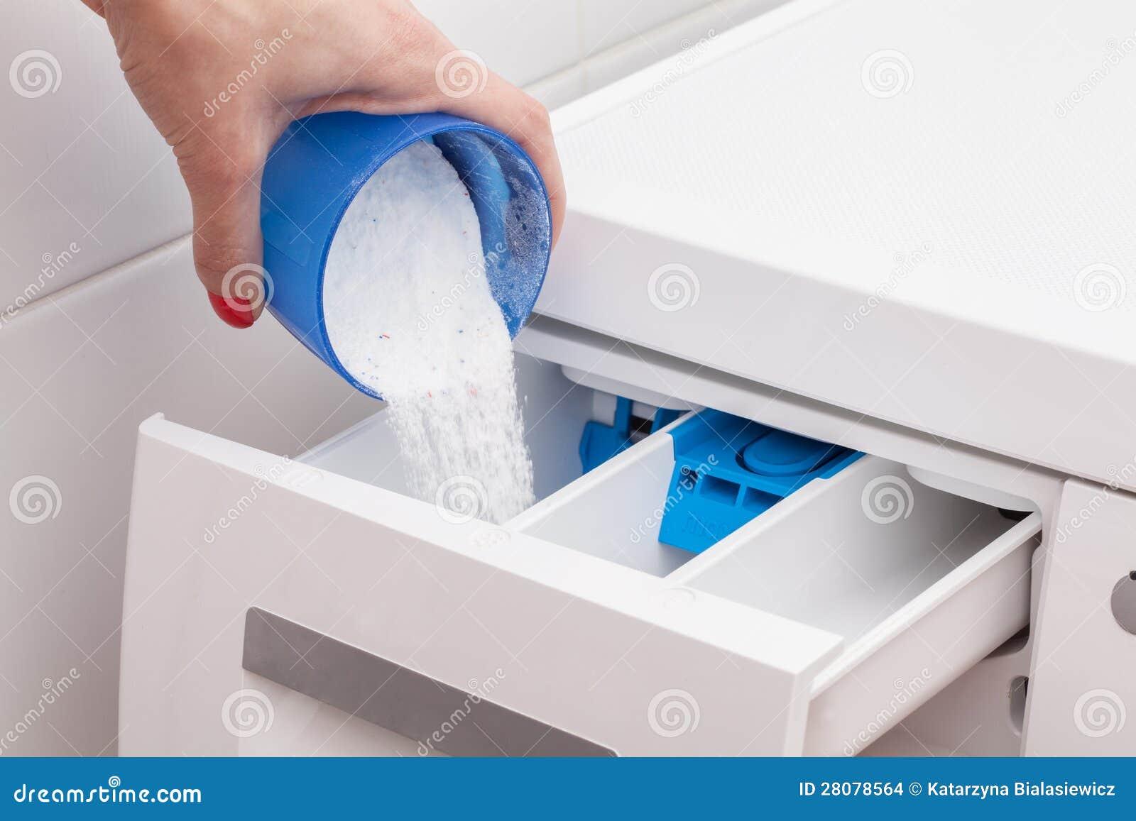 Ligando a máquina de lavar