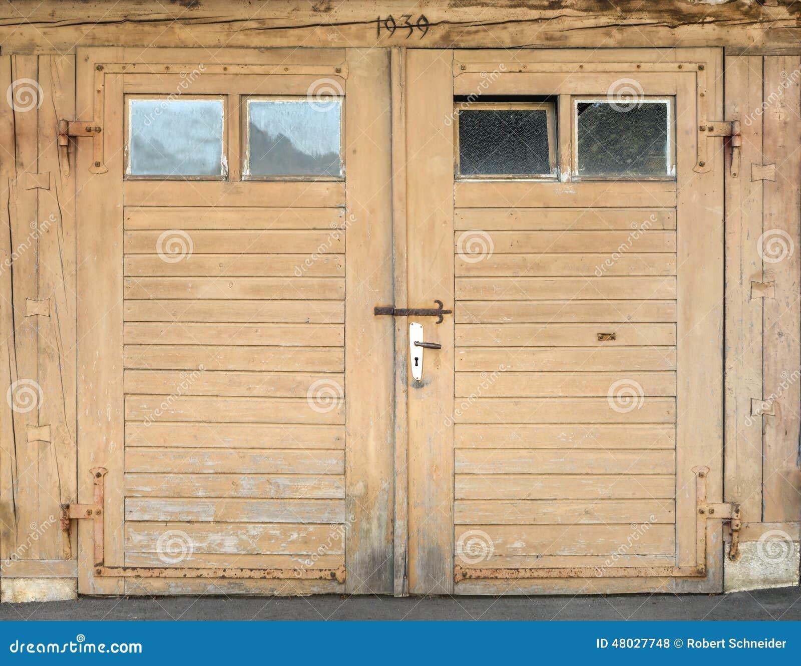 Adorable 50 brown garage doors with windows decorating design of brown garage doors with windows light brown garage door with windows stock photo image rubansaba