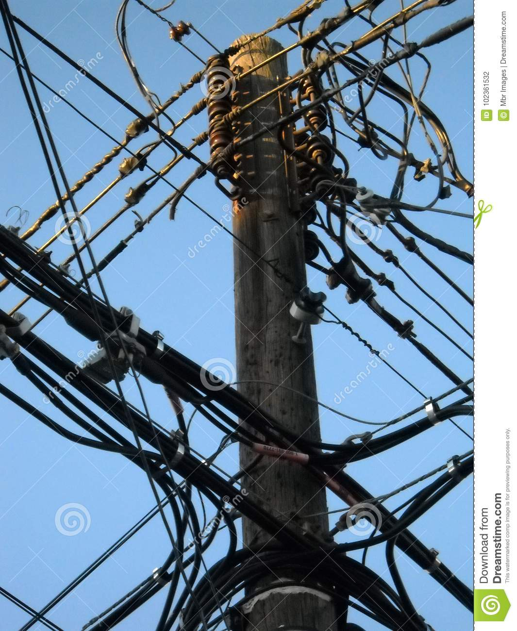 Wiring New Light Wooden Pole Electrical Wires Editorial Photography Image Of On Queens York Street
