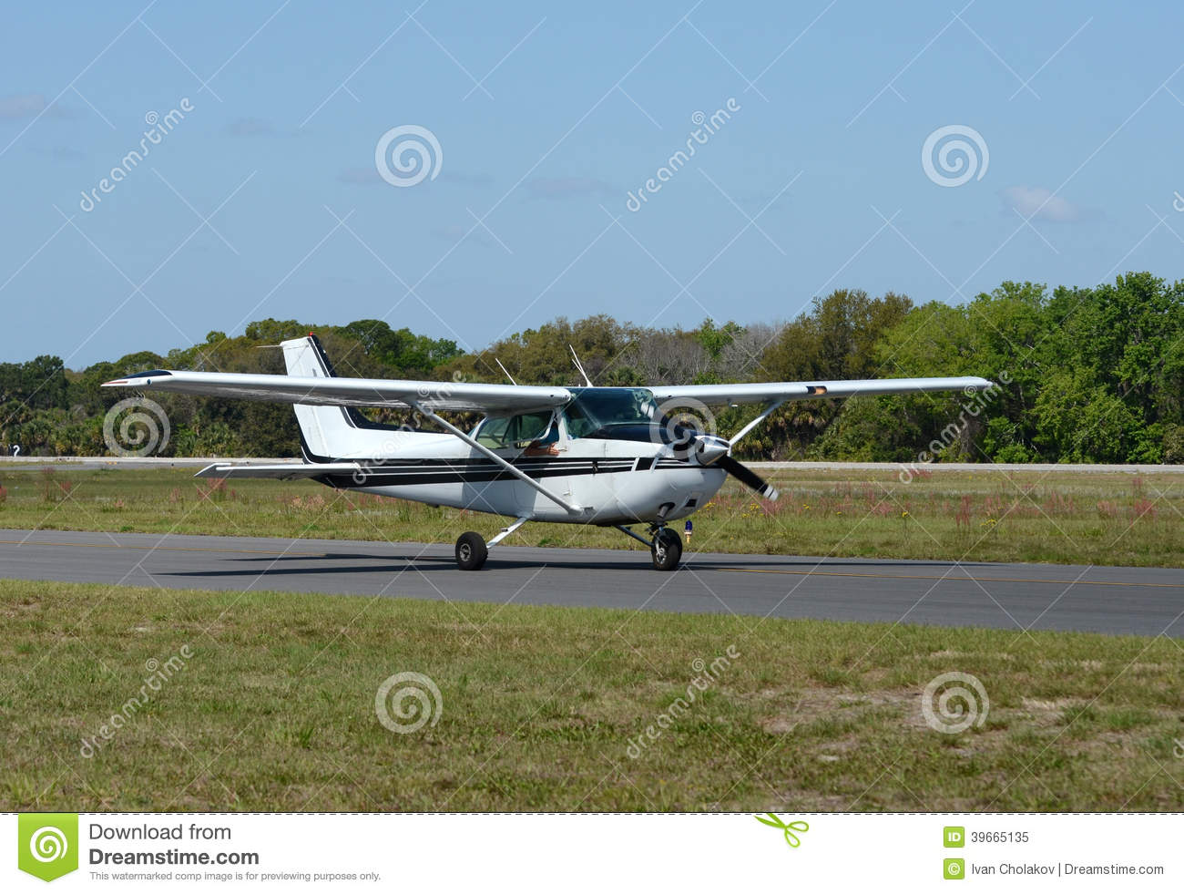 Download Light private airplane stock image. Image of tarmac, private - 39665135