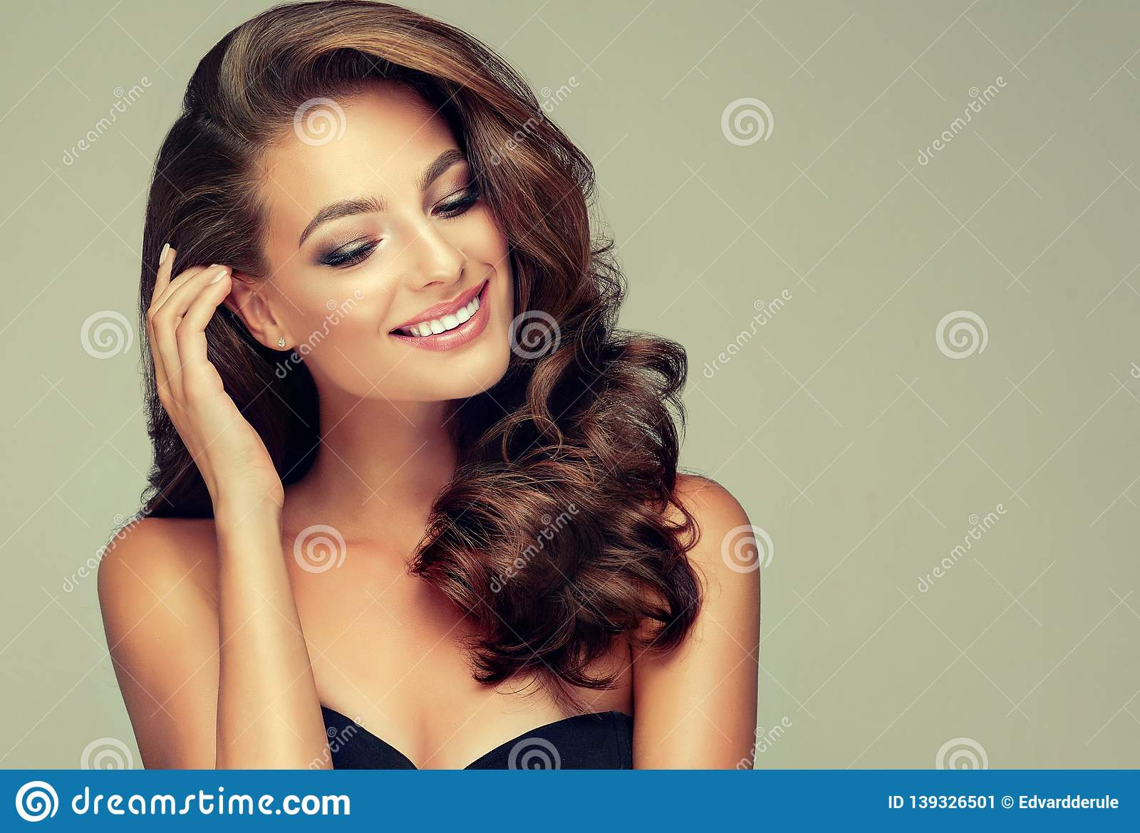 Superb Light And Wide Smile On The Face Of Young Brown Haired Beautiful Natural Hairstyles Runnerswayorg