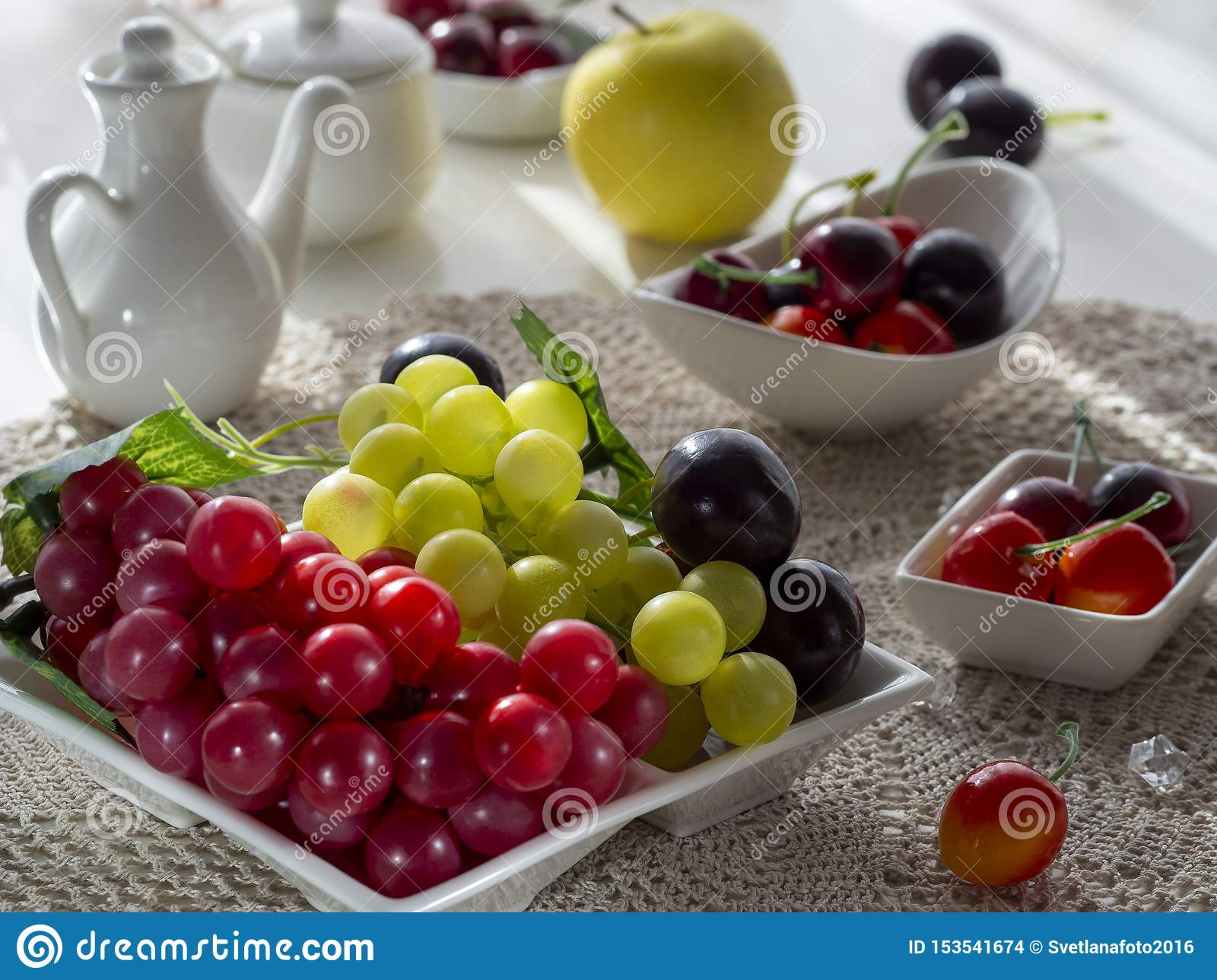 The Light From The Window Falls Beautifully On The Fruit Platter Stock Photo Image Of Bunch Green 153541674
