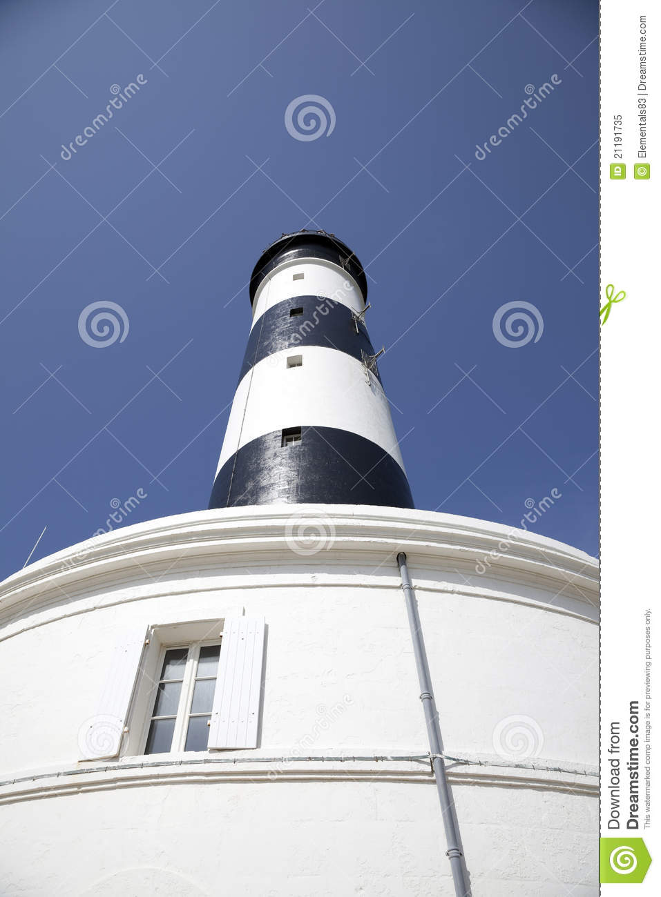 Lighthouse chassiron