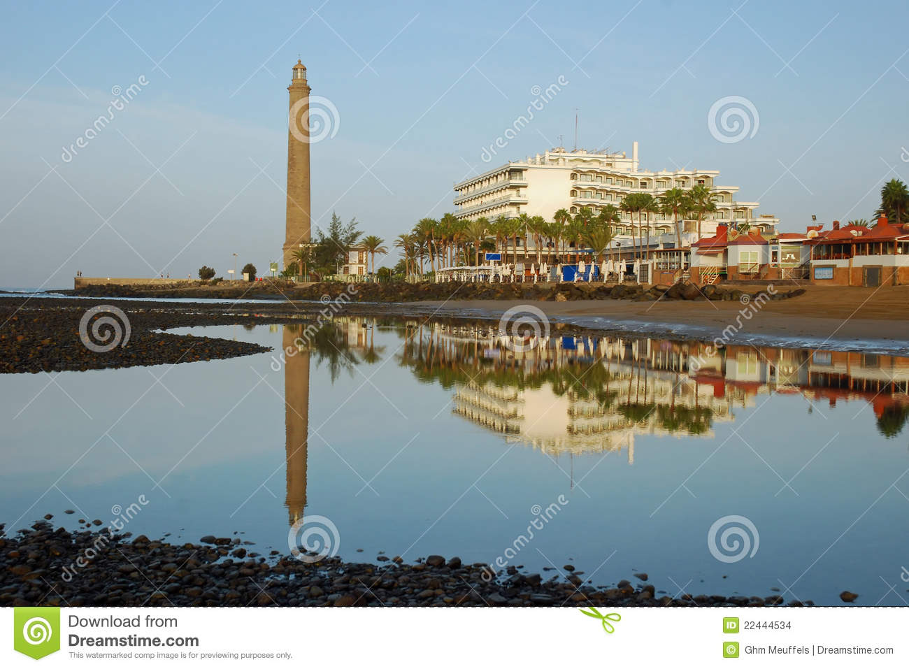 Lighthouse,hotels mirror in water-Gran Canaria