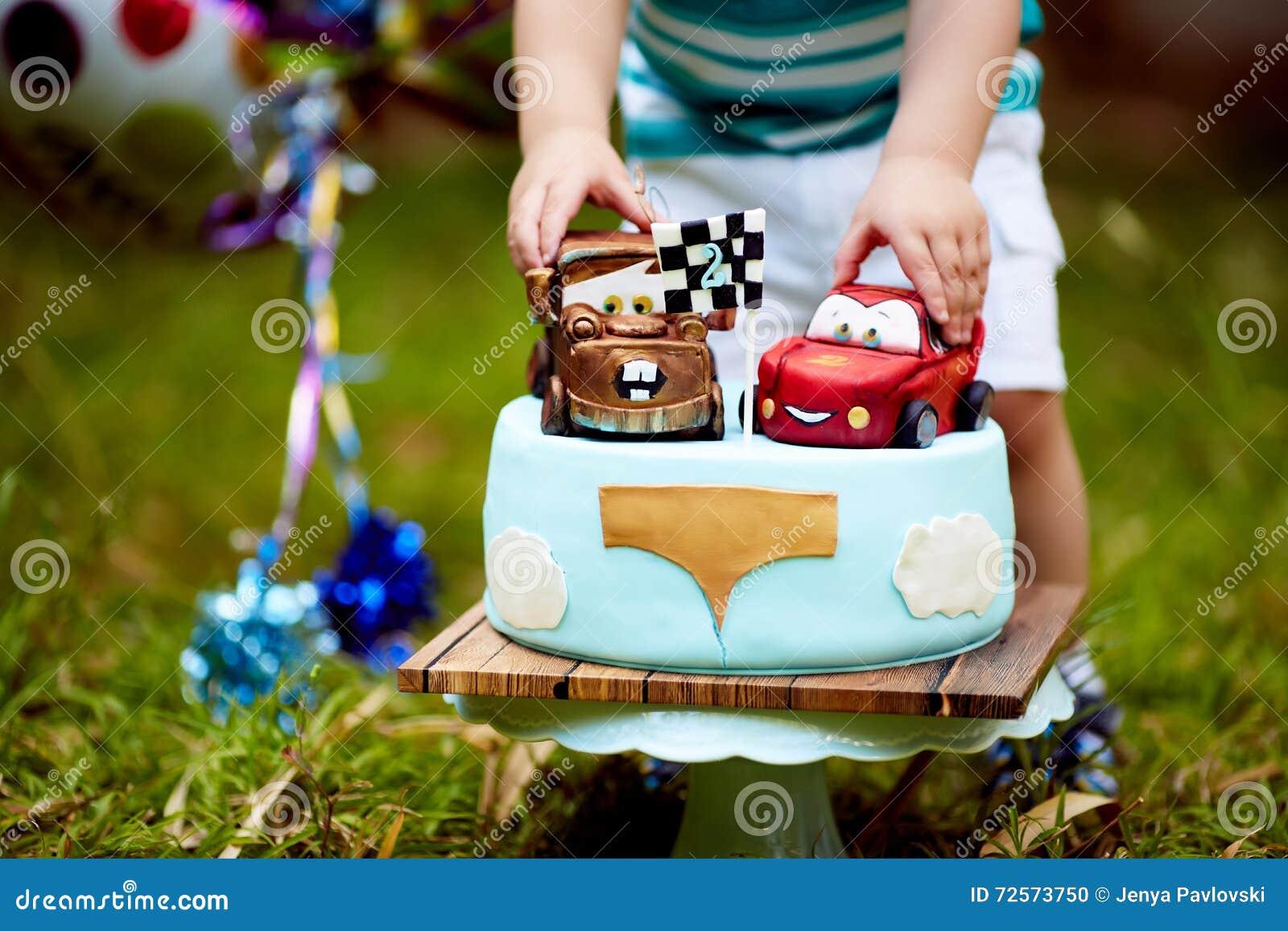 Lightning Mcqueen baby cakes