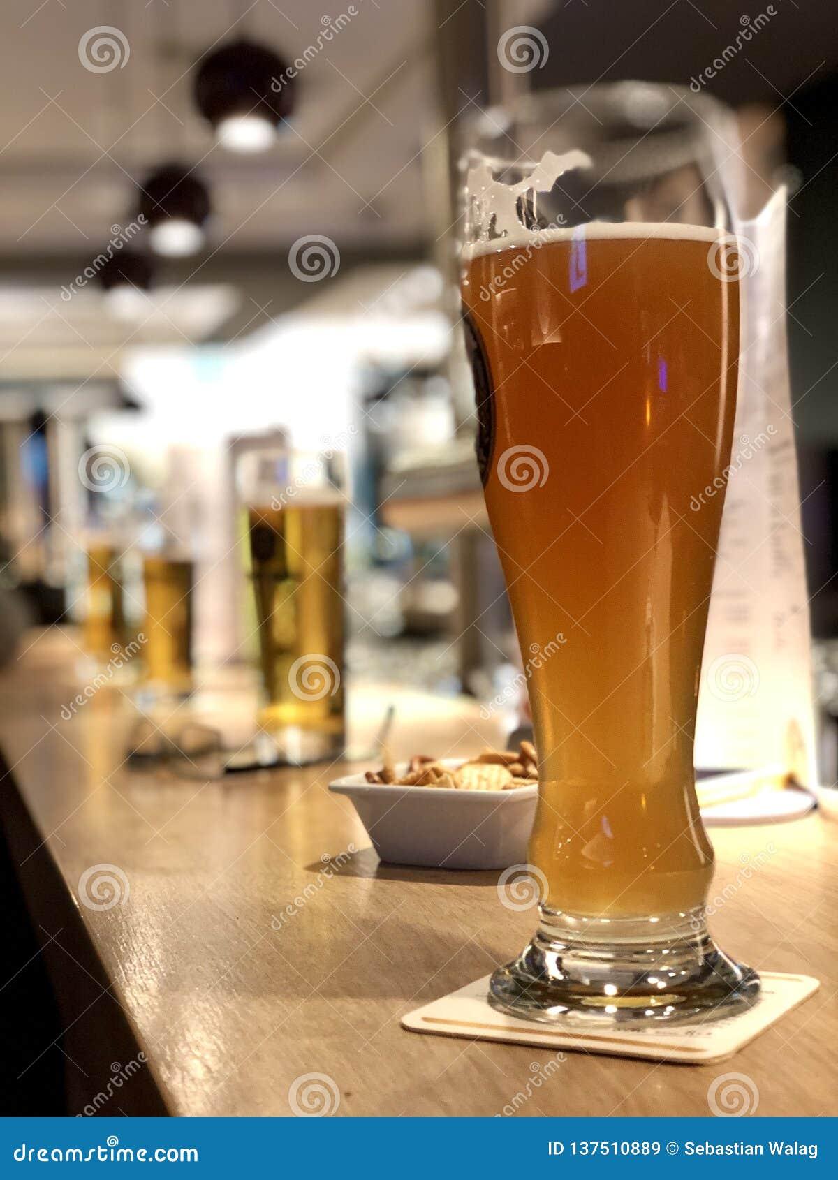 Ligne de bière à un compteur de barre