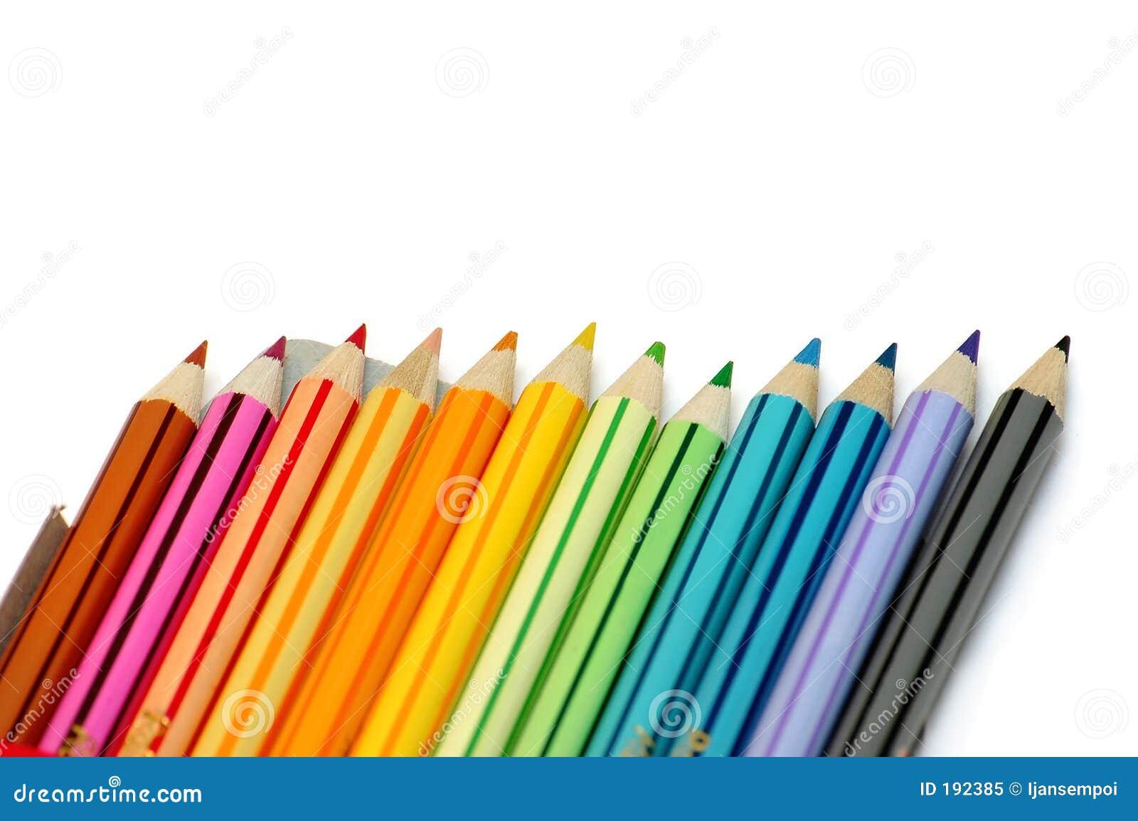 Ligne des crayons de couleur