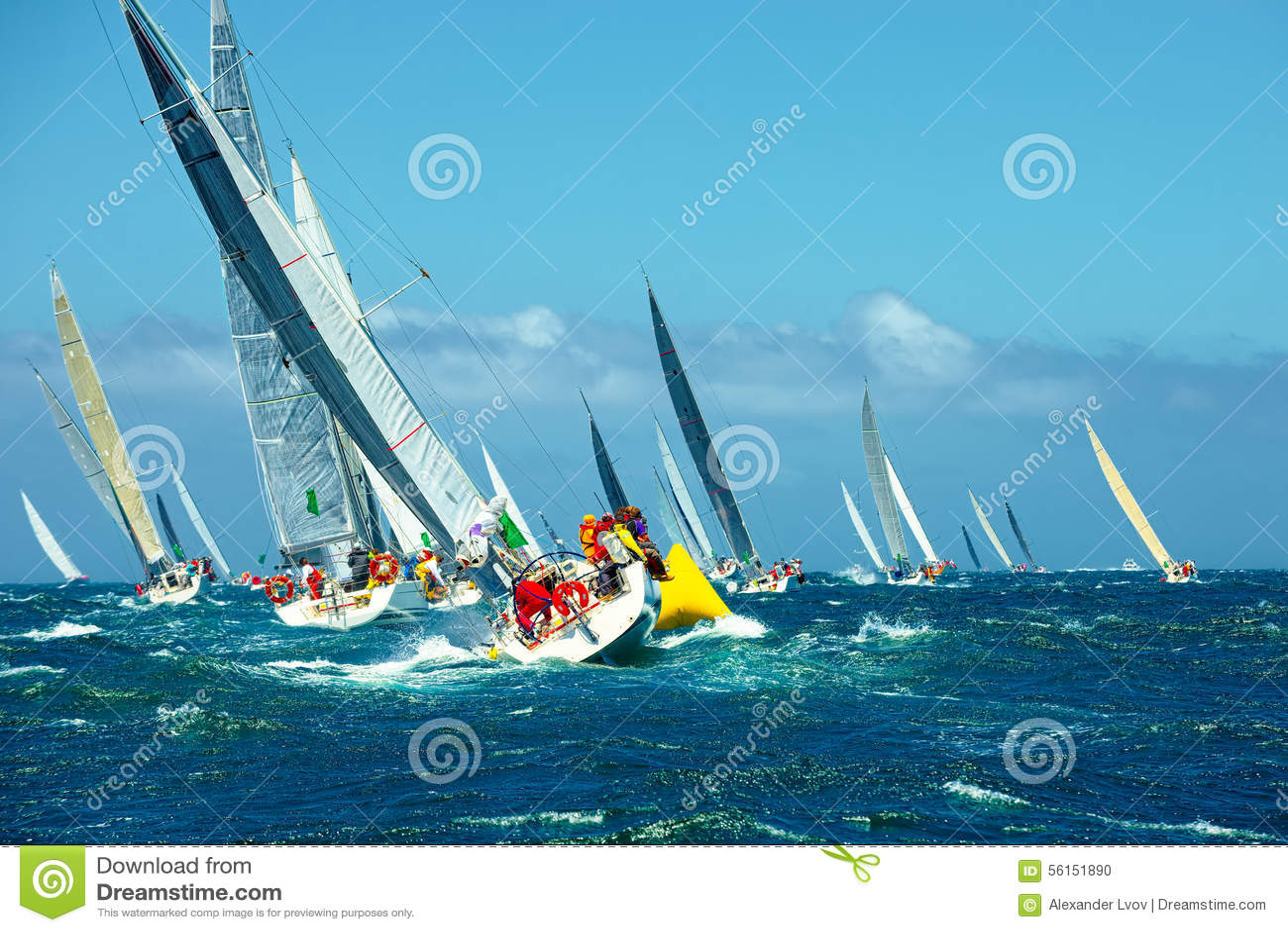Ligue iate da navigação da regata sailing Iate luxuoso