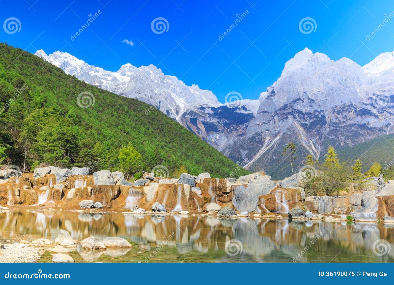 Lijiang: Chabeta smoka śniegu góra