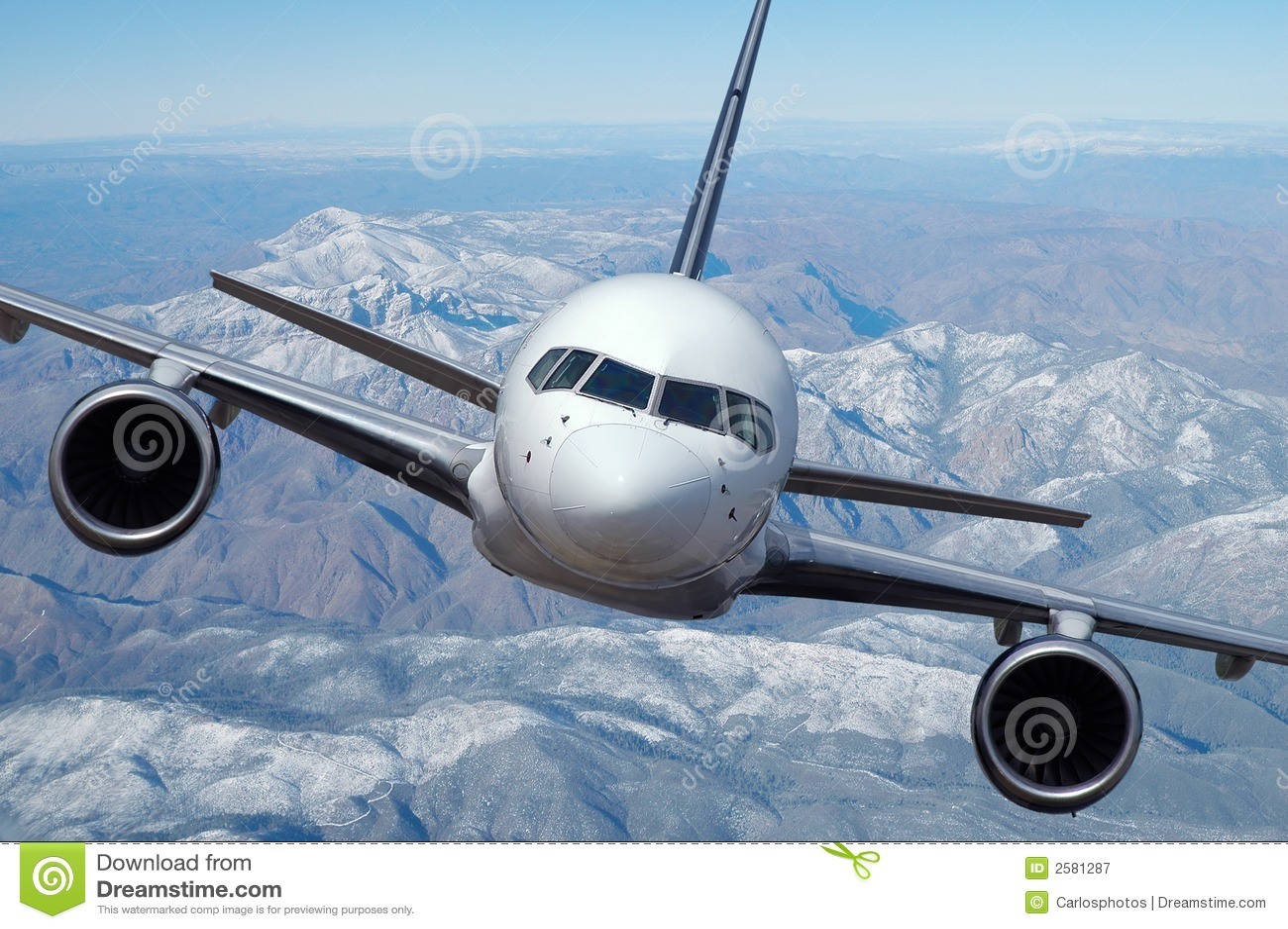 Lijnvliegtuig tijdens de vlucht