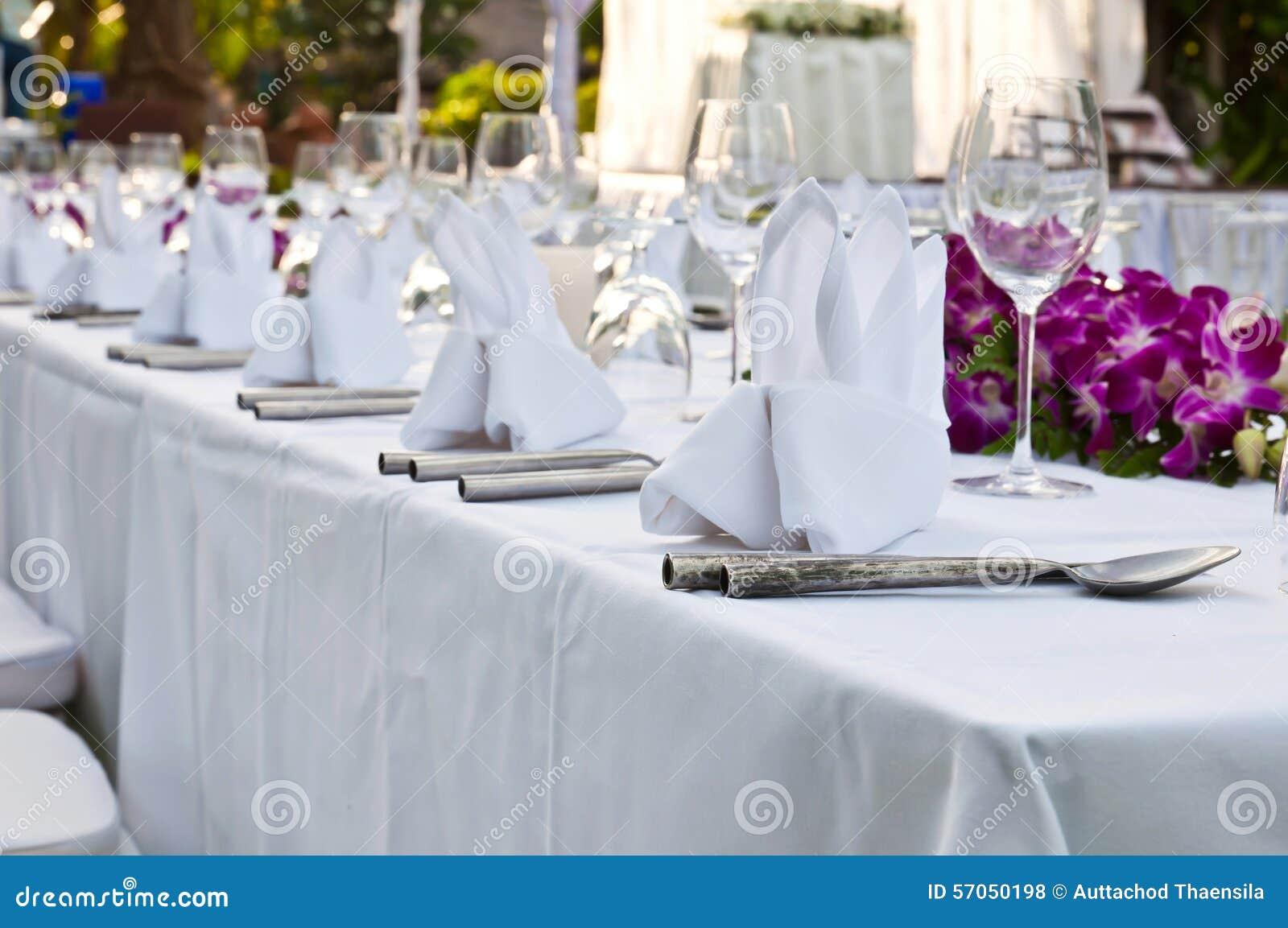 Lijst die voor een van het gebeurtenispartij of huwelijk ontvangst plaatsen