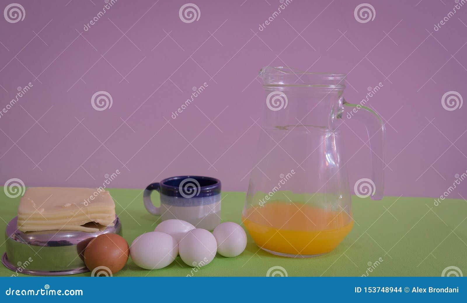 Lijst voor snack met, kaas en eieren 07 wordt gediend die