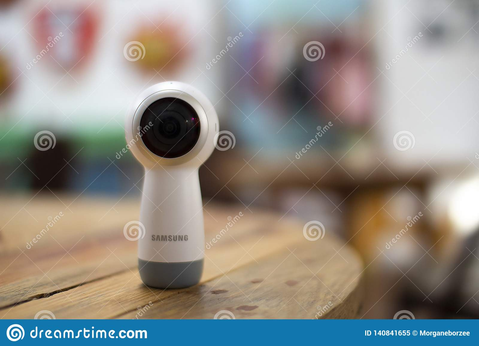 Samsung Gear 360 camera on a wooden table
