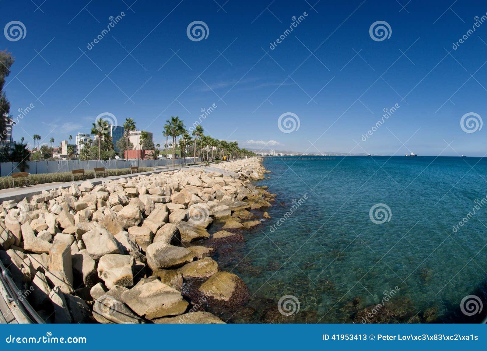 Limassol deptaka aleja, Cypr