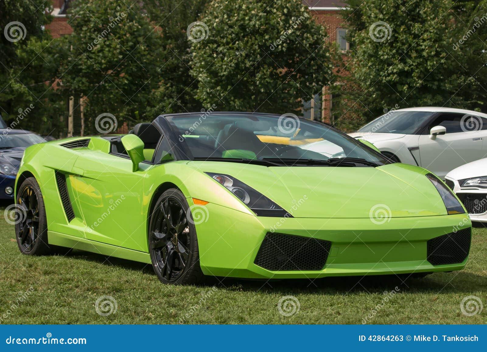 Cuvy Automobiles : lime green sports car right side stock image image 42864263 ~ Gottalentnigeria.com Avis de Voitures