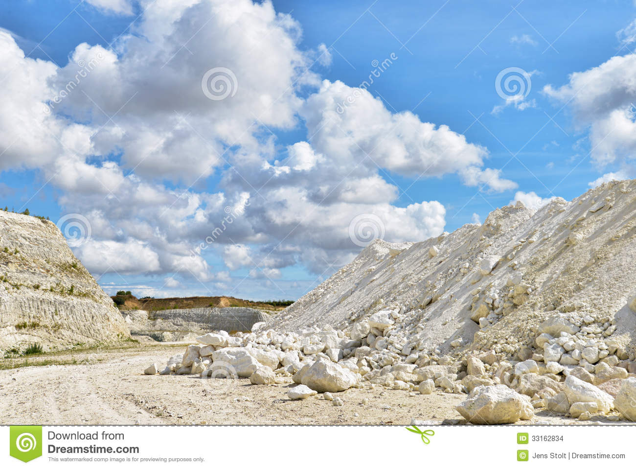 thesis of limestone This broad major intends to orient you to psychology as a whole students learn about the science of mind and behavior, individual and group behavior, the physical.