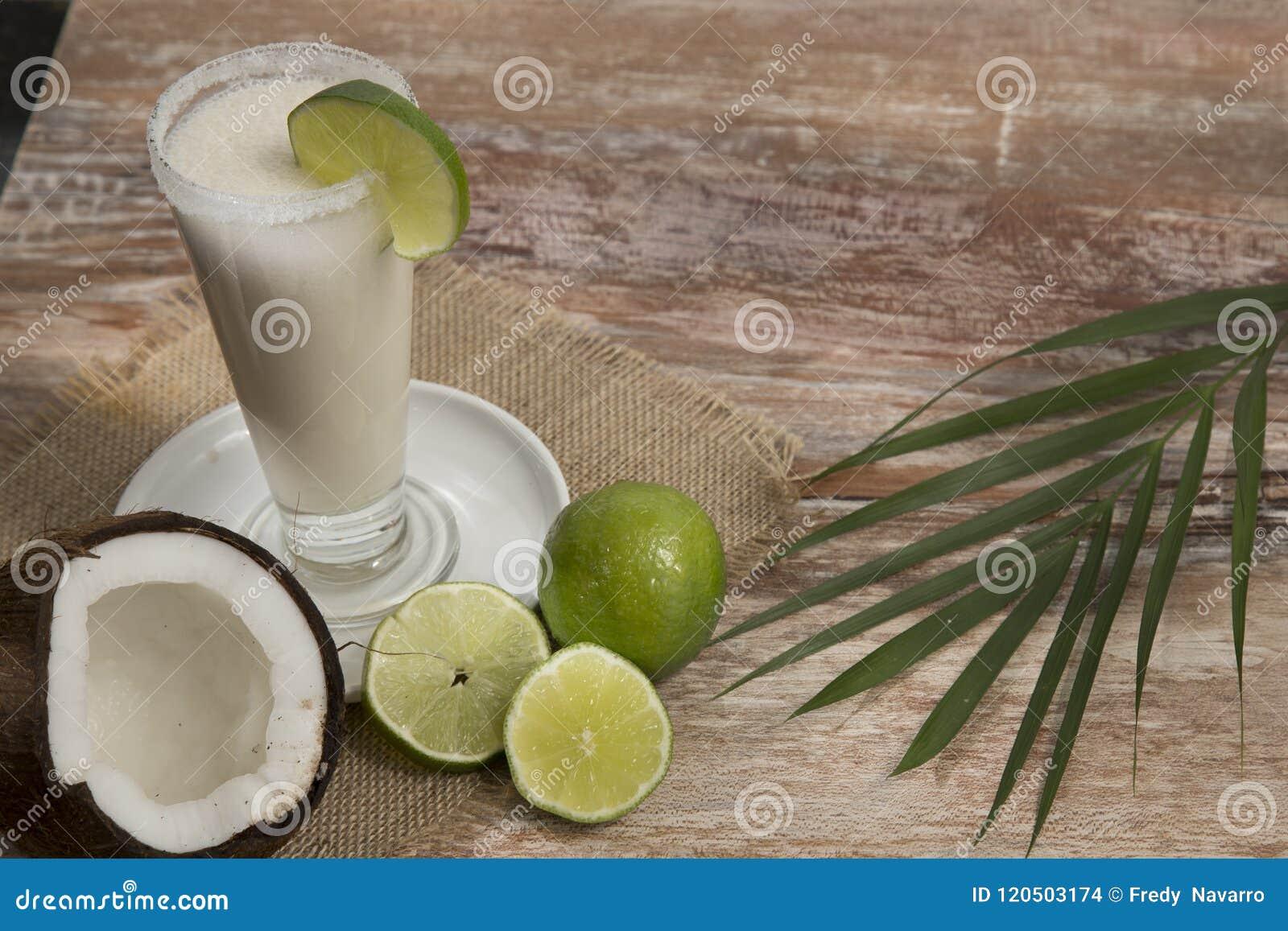 Limonada natural do coco - nucifera dos Cocos