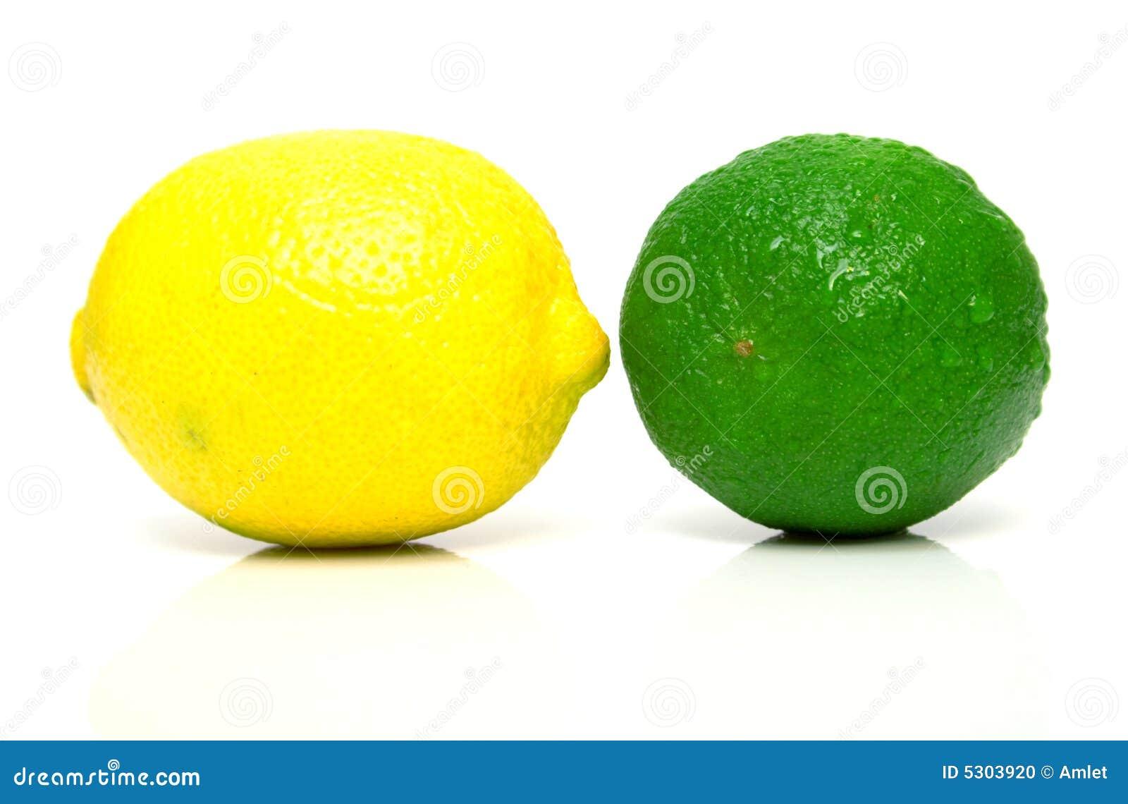 Download Limone e limetta fotografia stock. Immagine di tropicale - 5303920