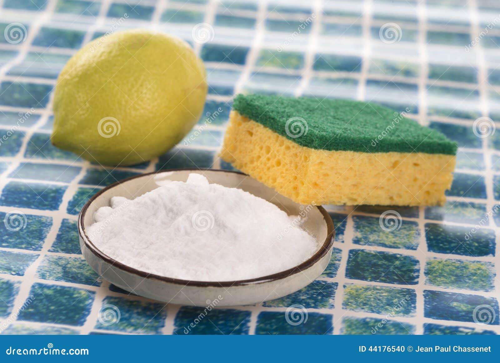 Limpiadores orgánicos - bicarbonato del vinagre blanco, del limón y de sodio