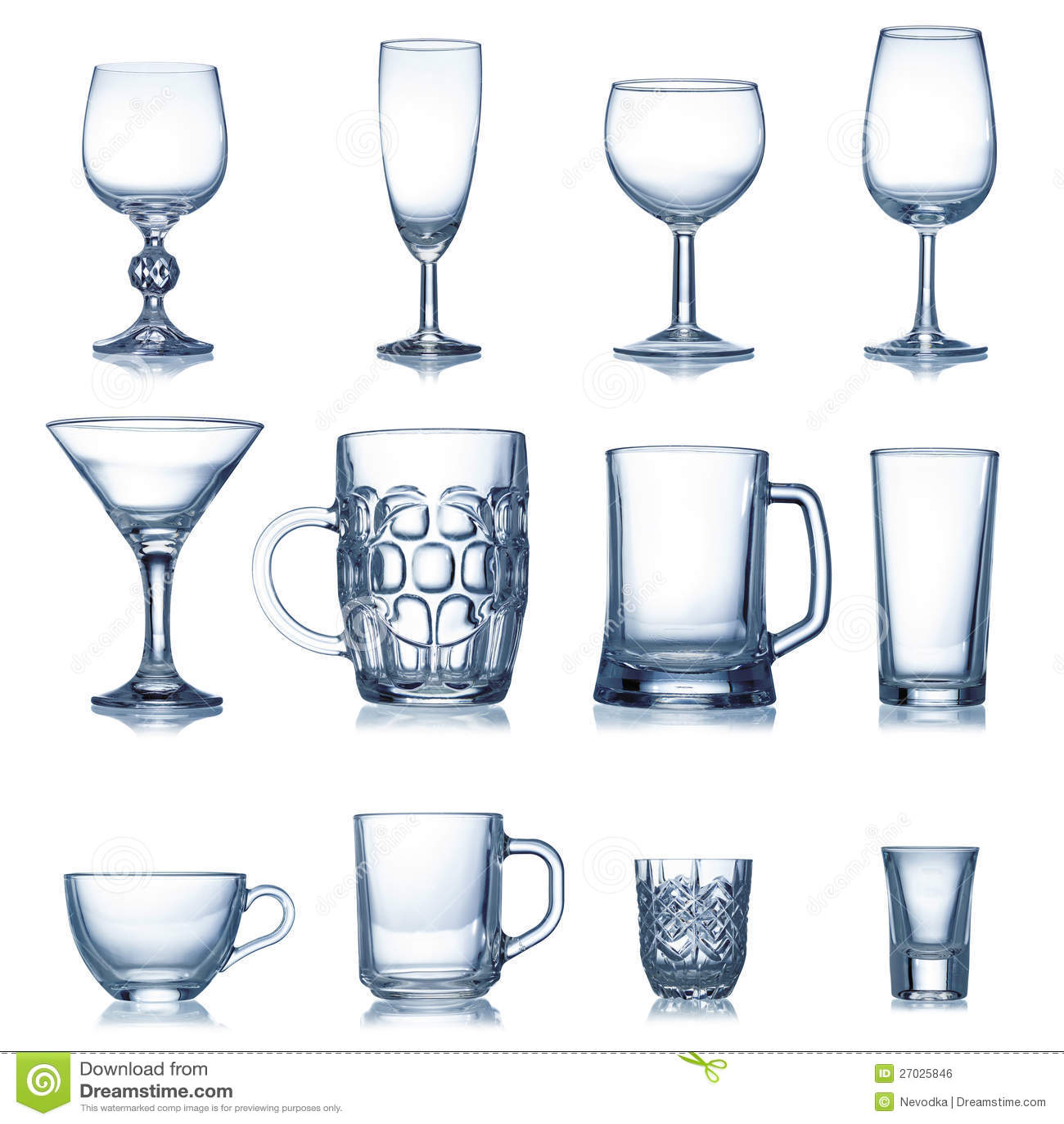 Limpie la colecci n vac a de la cristaler a imagen de for Cristaleria para bar
