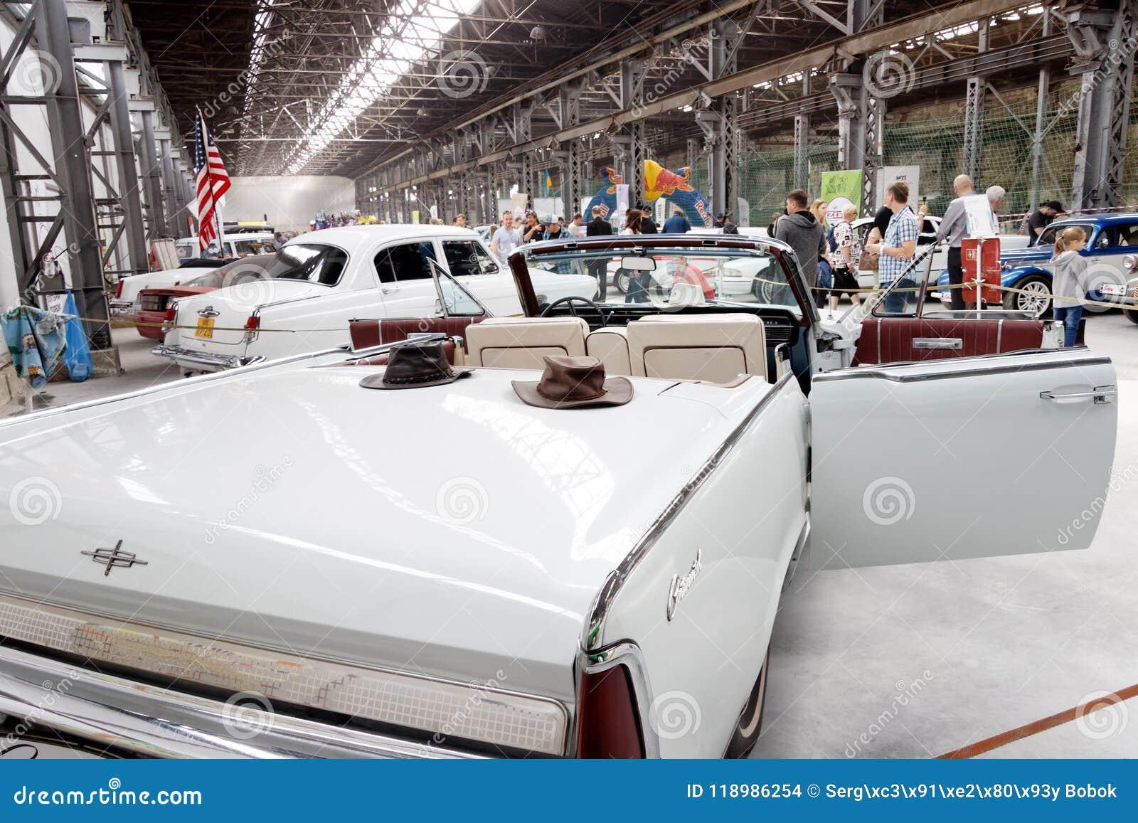 Lincoln Continental Cabrio Vintage Car Stock Image Editorial Stock