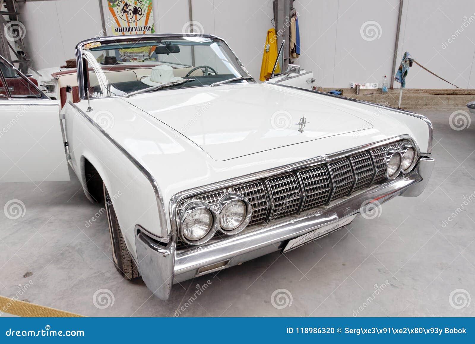 Lincoln Continental Cabrio Vintage Car Stock Image Editorial Image