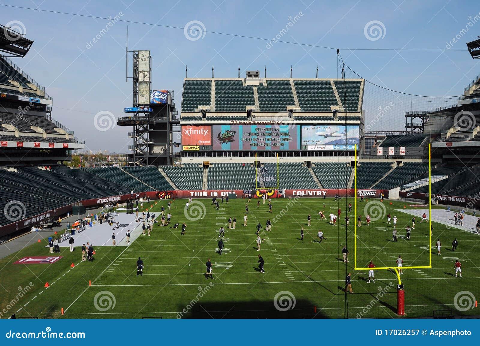 Lincoln Financial Field Temple Football Pregame