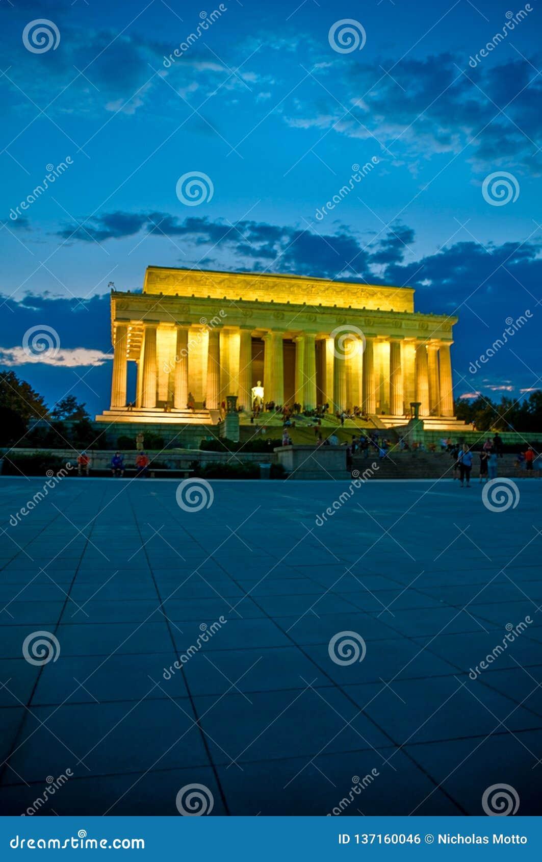 Lincoln Memorial Evening